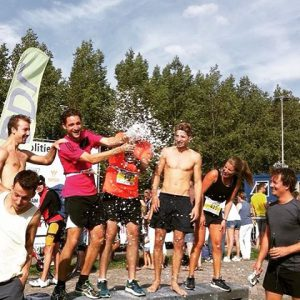Triathlon 14 volbracht! Binnen de drie uur dat ook noghellip