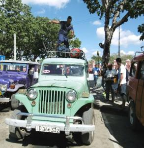 Een van onze vervoersmiddelen richting Baracoa